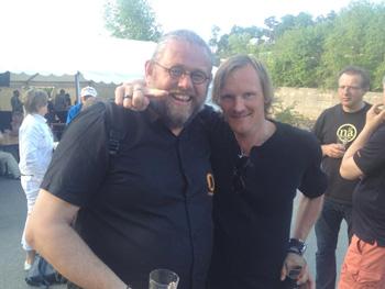 Jikiun og Friestad på sommerfest hos Nøgne Ø i Grimstad. (Foto: Tarjei Sel).