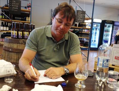 Odd Gunnar Jensen er hjemmebrygger, og en av de seks blant dommerpanélet.